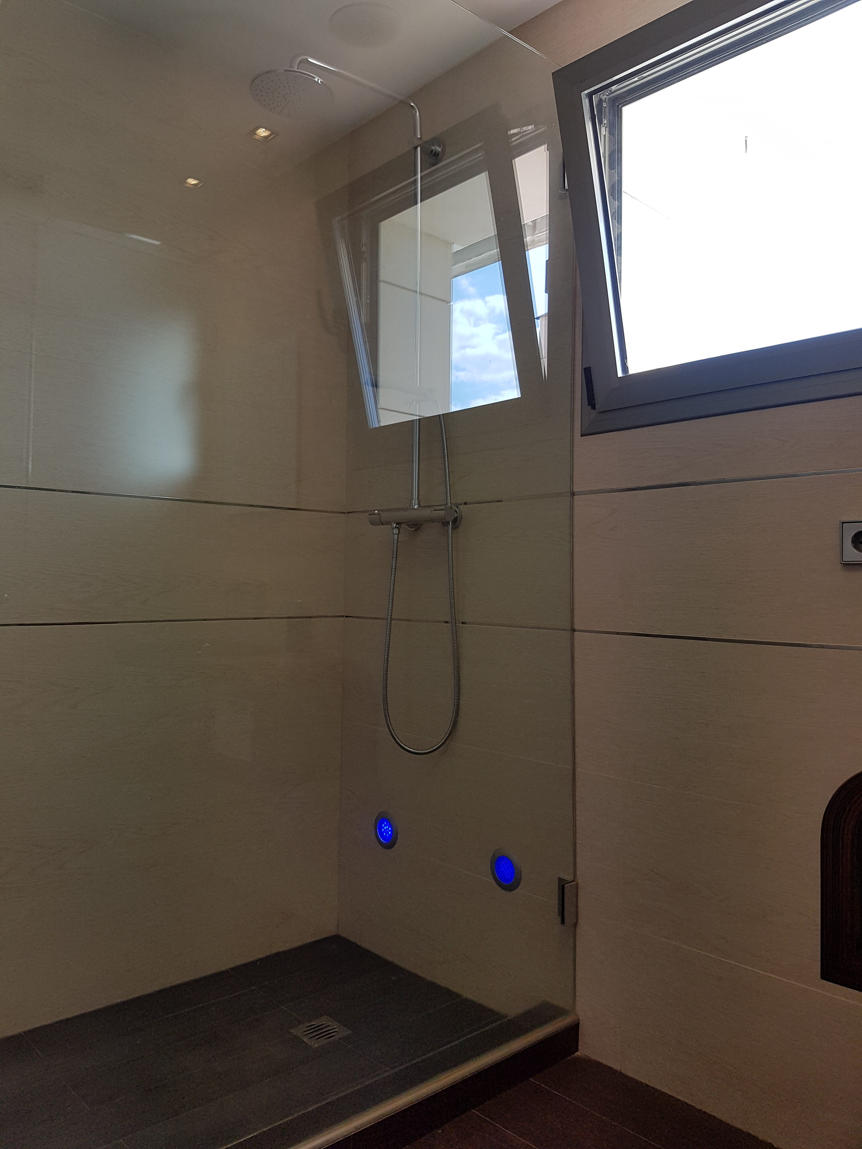 Baño suite 2.2