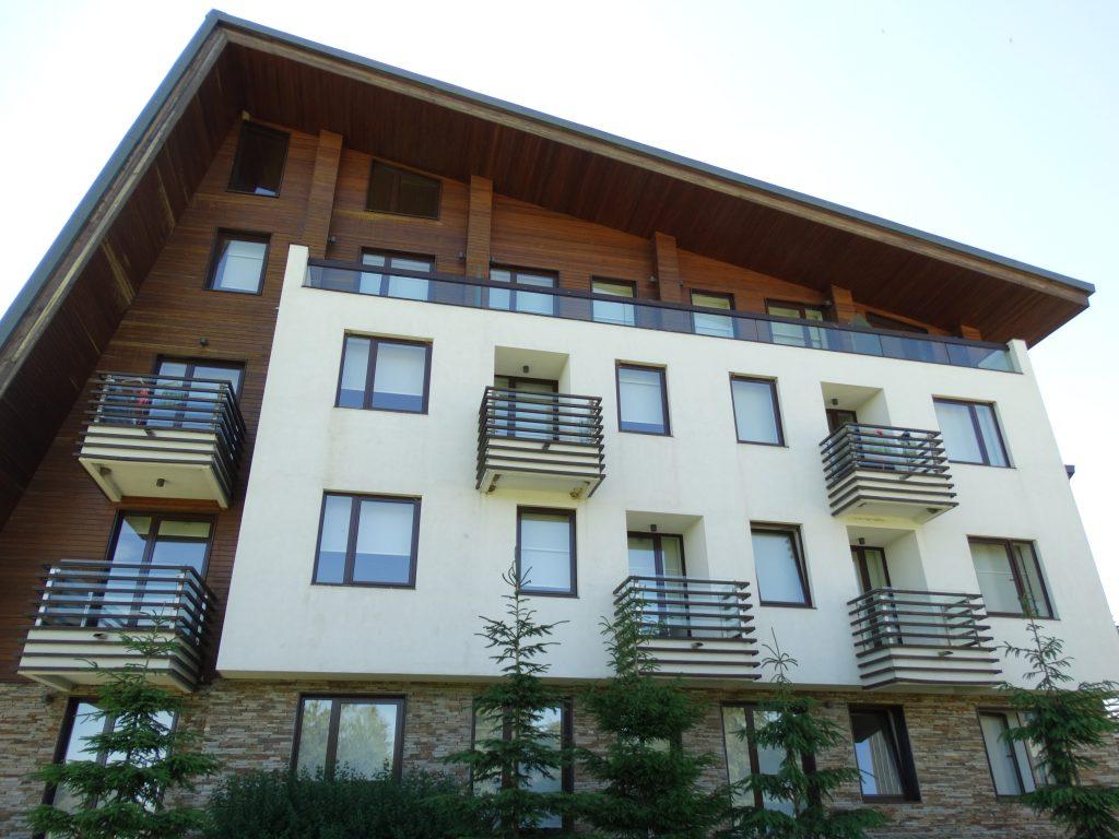 Modern Mountain Hotel Architecture